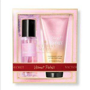 Velvet Petals Victoria Secret mini set